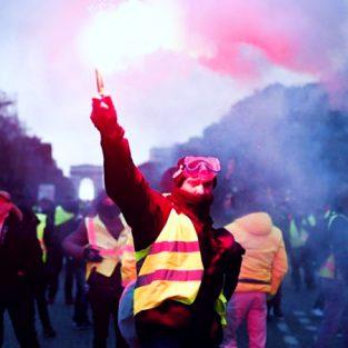 Các show diễn tại tuần lễ thời trang Paris bị đình trệ vì phe biểu tình Gilets Jaunes