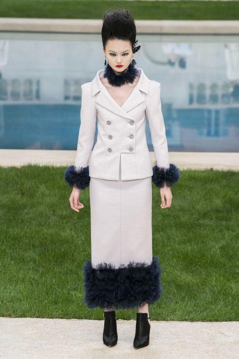 Khép lại tin tức thời trang đáng chú ý trong nửa cuối tháng 1/2019 là những thiết kế ấn tượng trong tuần lễ thời trang haute coutur. Ảnh: ELLE Mỹ