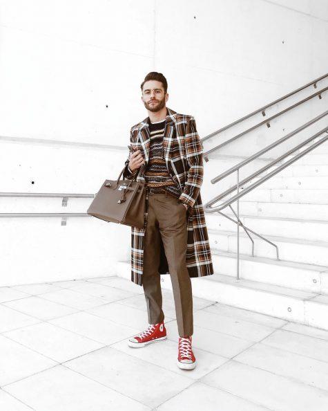 Pelayo Díaz với trang phục phối ngẫu hứng theo tinh thần print-on-print. Ảnh: Instagram @princepelayo