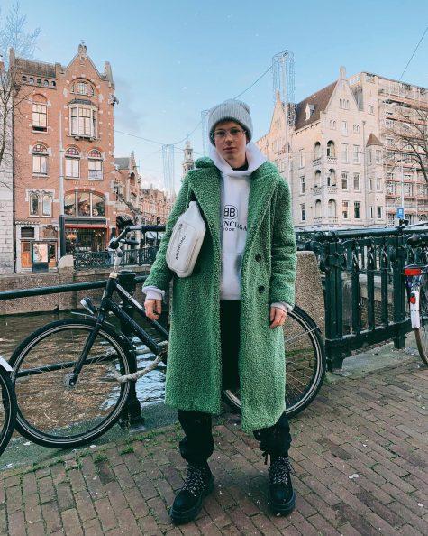 Erik Scholz tiếp tục mang đến những outfit thời thượng. Ảnh: Instagram @erik