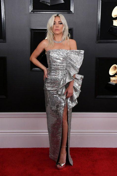 Lady Gaga trong chiếc đầm ánh kim lấp lánh của Celine được tờ Vogue Pháp tôn vinh là nữ hoàng của Grammy 2019. Ảnh: Vogue