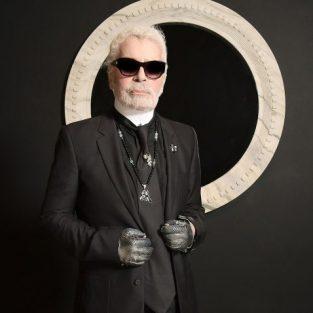 """Nhà thiết kế Karl Lagerfeld: """"Người giám hộ tối thượng"""" thay đổi thế giới thời trang"""