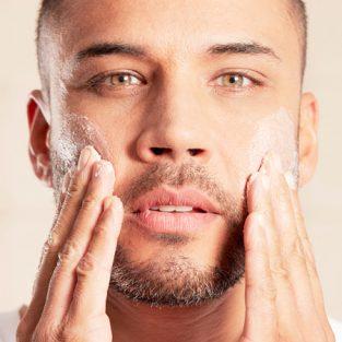 Nam giới thật sự cần những sản phẩm chăm sóc da mặt nào?