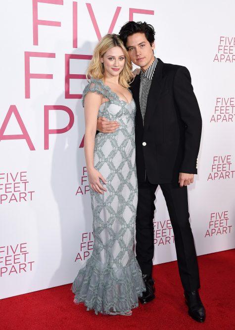 Cole Sprouse (phải) giữ vị trí thứ 6 trong top sao nam mặc đẹp sau thời gian dài yên ắng. Ảnh: Vogue
