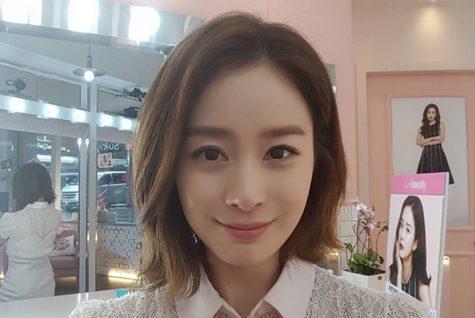 Kim Tae Hee - elle man 1