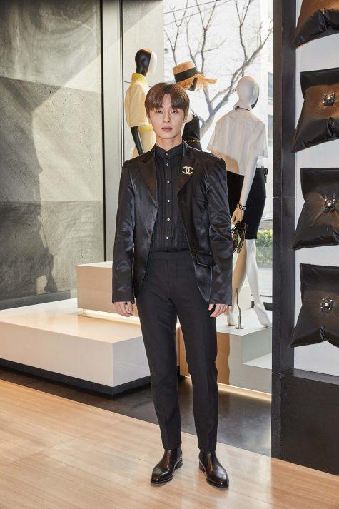 Park So Jeon lần đầu tiên có mặt trong bảng xếp hạng sao nam mặc đẹp của ELLE Man. Ảnh:
