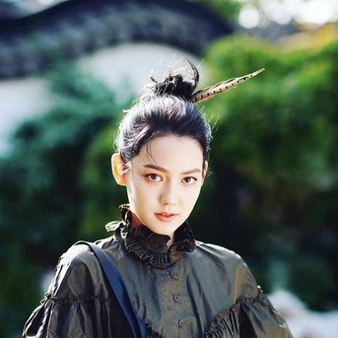 my nu Trung Quoc lai elle man 18