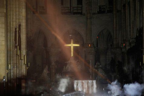 Nhà thờ Đức Bà Paris ELLE Man 01