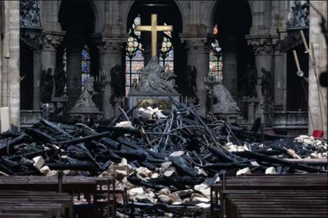 Nhà thờ Đức Bà Paris ELLE Man 02