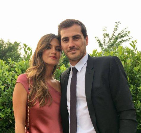 Thủ thành Iker Casillas và nữ phóng viên thể thao Sara Carbonero