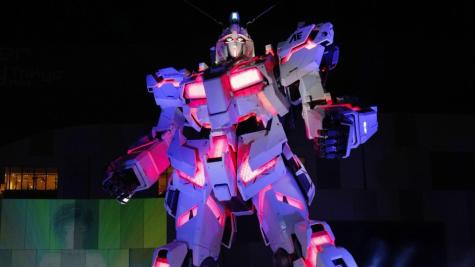 thế vận hội tokyo 2020 - mô hình gundam