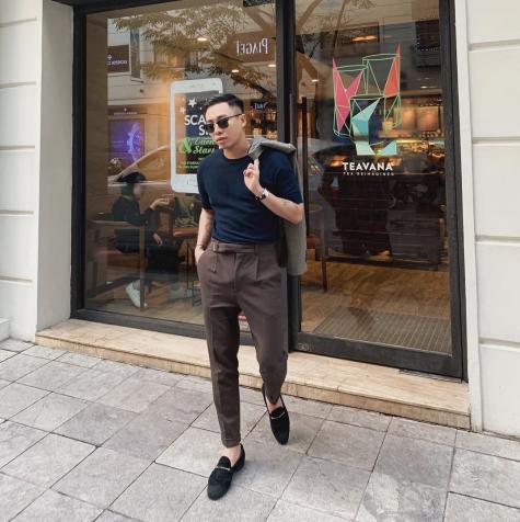 phối đồ minimalism hoàng ku mặc đồ tối giản
