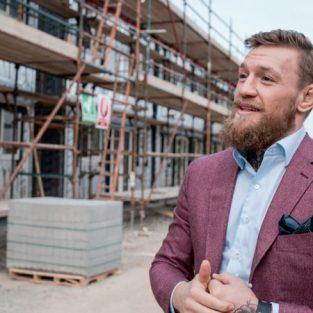 Võ sỹ Conor McGregor xây tặng mái ấm cho người vô gia cư