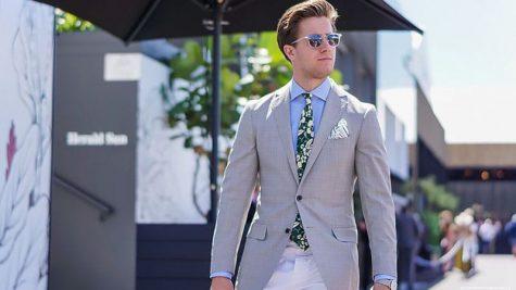 áo blazer nam-quý ông mặc áo blazer xám nhạt