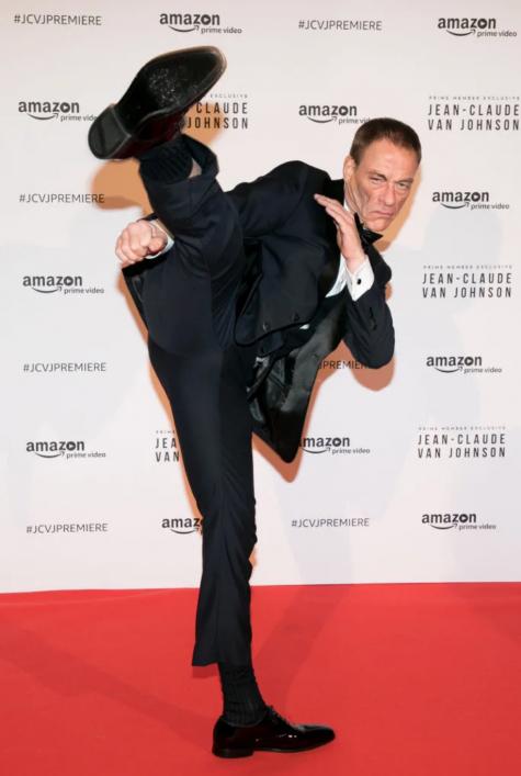người có cơ bắp khoẻ mạnh Jean-Claude Van Damme và cú đá cao