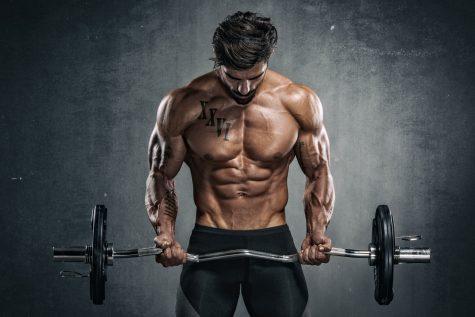 người có cơ bắp khoẻ mạnh người đàn ông nâng tạ