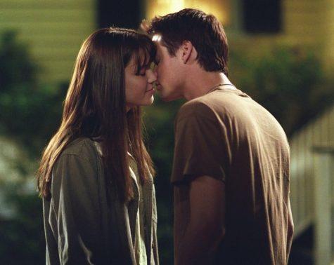 hôn người yêu-cặp đôi hôn nhau trong phim A Walk to Remember