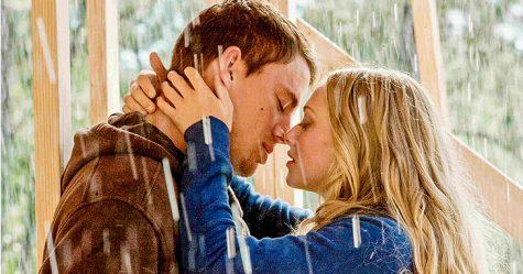 hôn người yêu-cặp đôi hôn nhau trong phim Dear John