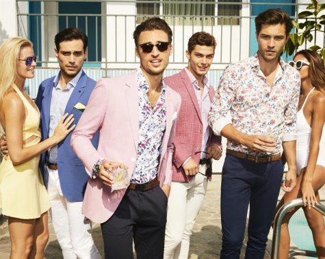 các quý ông ăn mặc đẹp bên cạnh các cô gái