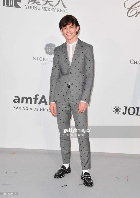 Diễn viên Ross Lynch cán mốc ở vị trí thứ 3 trong top sao nam mặc đẹp. Ảnh: Getty Images