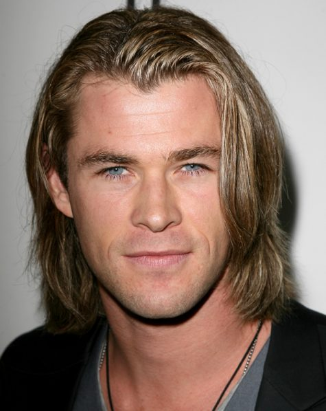 diễn viên chris hemsworth - kiểu tóc dài