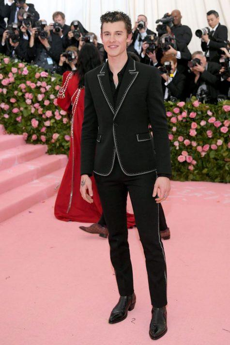 Shawn Mendes nhạt nhòa trên thảm đỏ Met Gala 2019. Ảnh: Getty Images