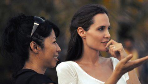 Angelina Jolie - elle man 1
