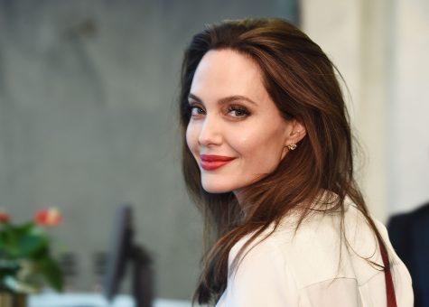 Angelina Jolie - elle man 2
