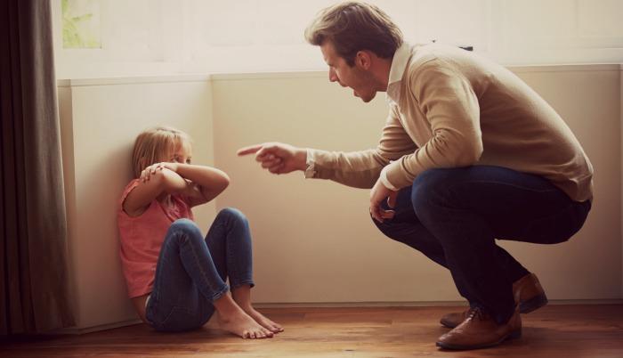 người cha có cách dạy con nghiêm khắc
