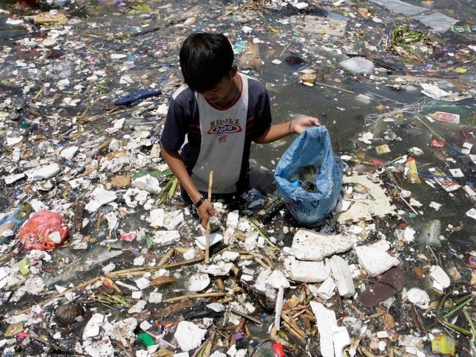 môi trường thế giới - vân đề xả rác xuống biển