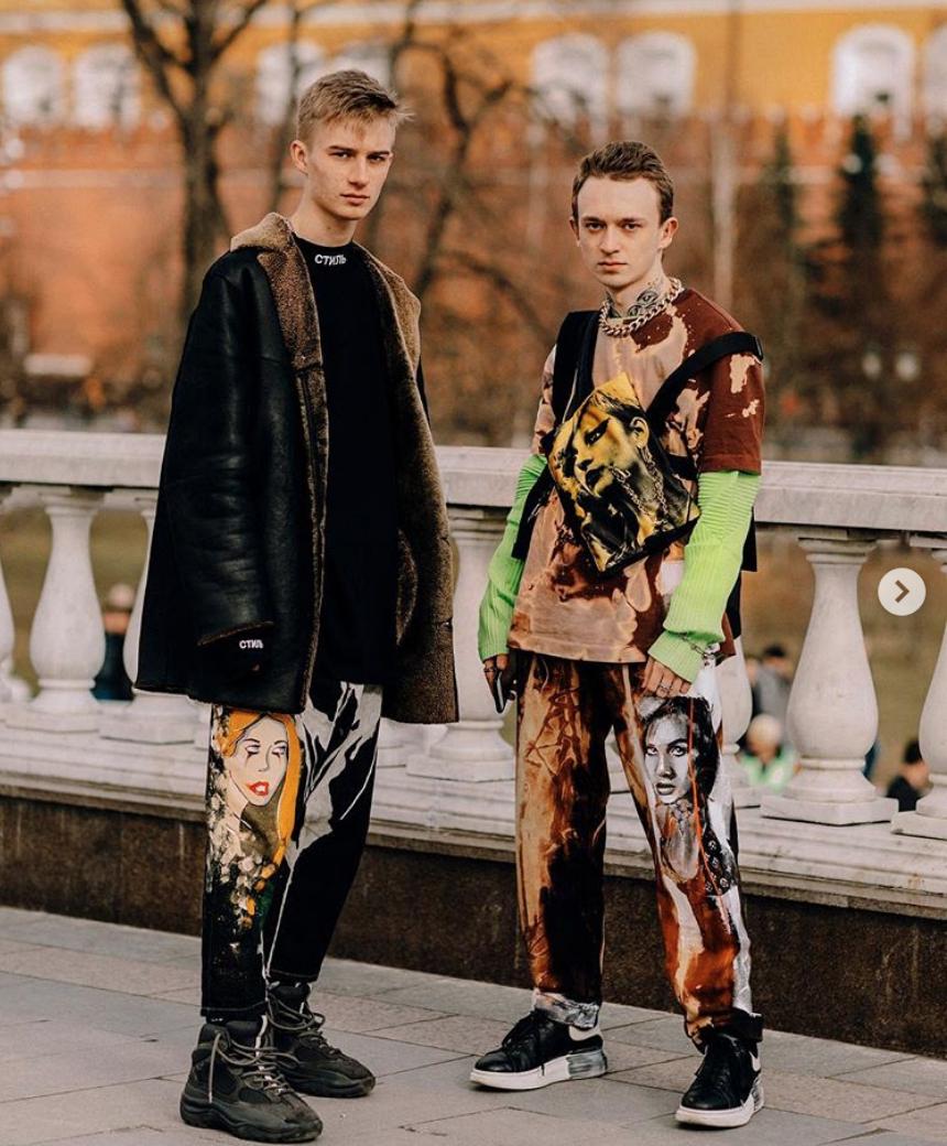 hướng dẫn phôi đồ cho đàn ông gầy-mẫu mặc đồ có hoạ tiết to bản
