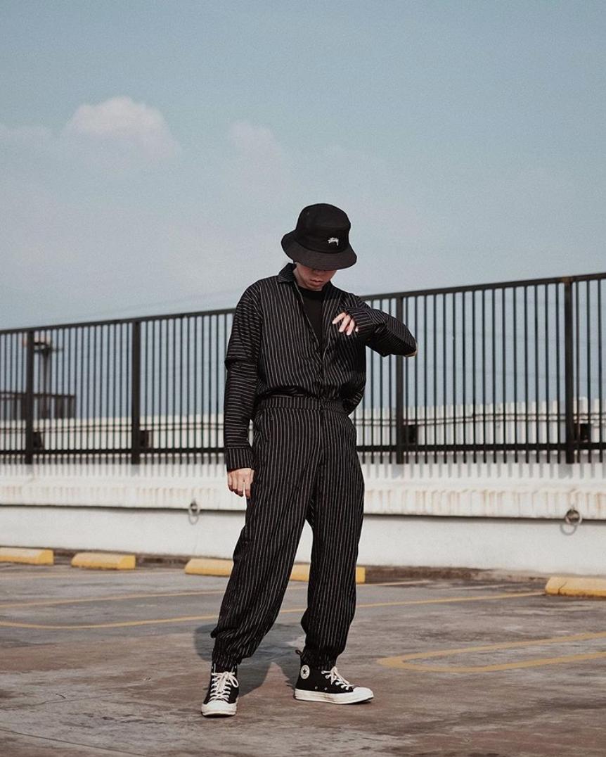 hướng dẫn phôi đồ cho đàn ông gầy-mẫu mặc đồ phong cách workwear màu đen