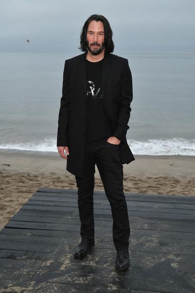 Nam diễn viên Keanu Reeves lần đầu tiên hiện diện trong top sao nam mặc đẹp. Ảnh: Us Weekly
