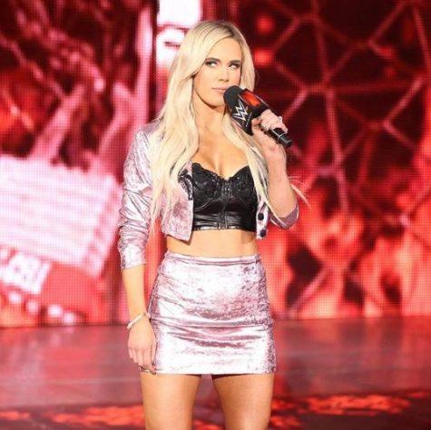 nữ đô vật WWE Lana 1