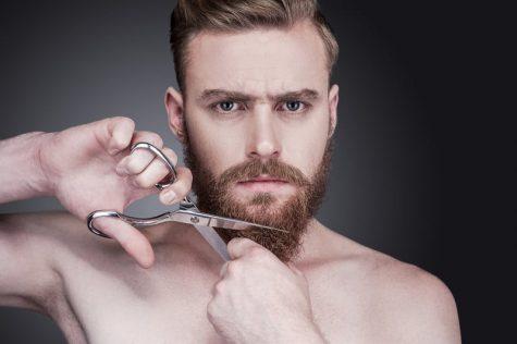 cách tỉa râu - bắt đầu tỉa râu bằng kéo