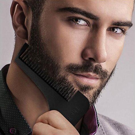 cách tỉa râu - chải râu trước khi tỉa
