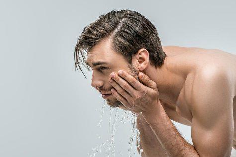 cách tỉa râu - rửa mặt và làm mềm râu