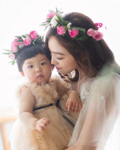 cơ thủ bida-Cha Yu-ram và con gái