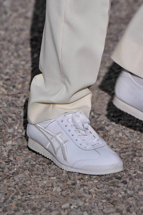 bài học phong cách thời trang tại Pitti Uomo ss20 giày bóng chuyền
