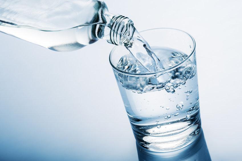 bổ dung nước để có cơ bụng đẹp