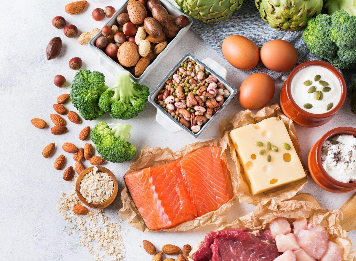 thực phẩm protein giúp tạo cơ bụng đẹp