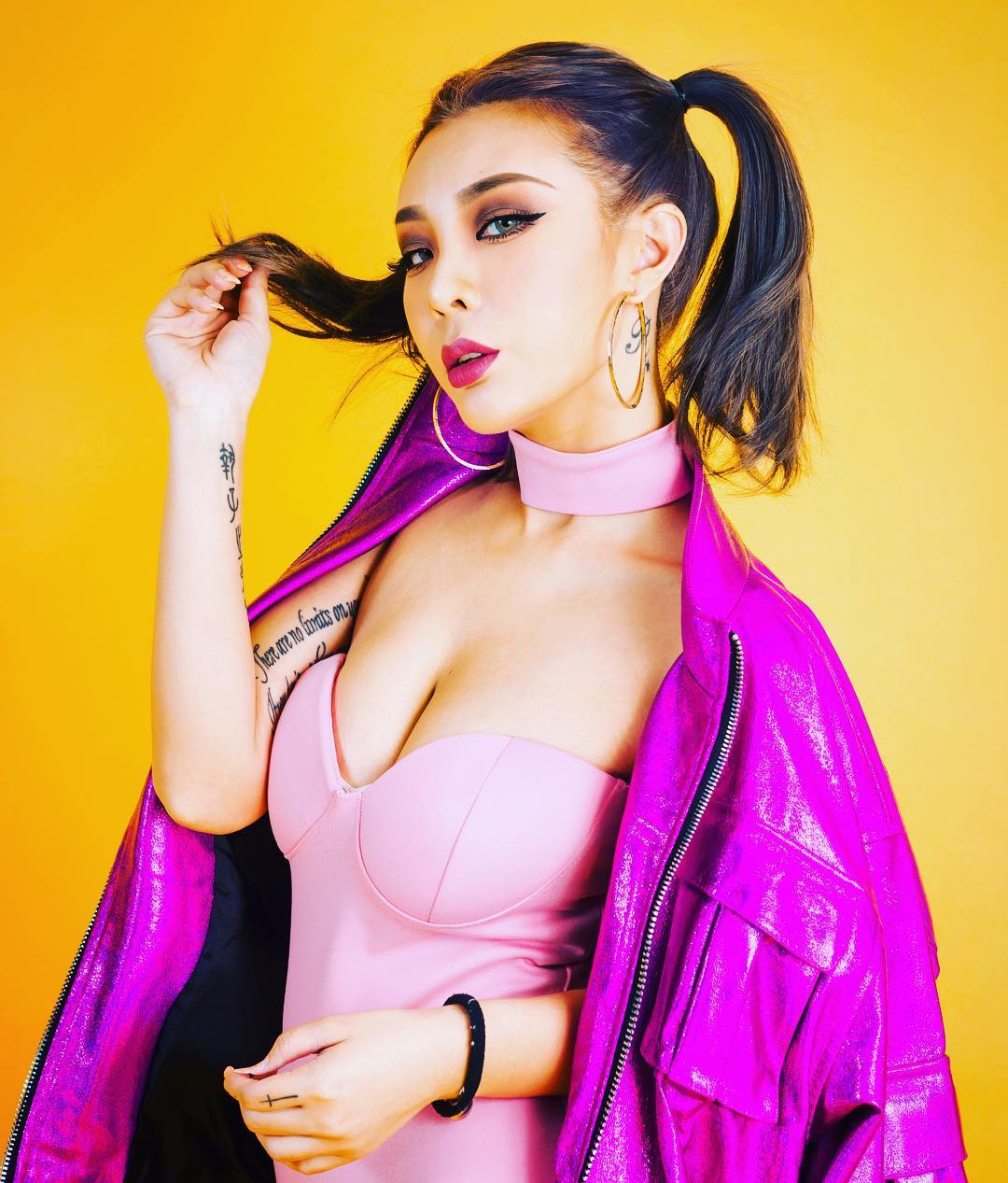 nữ dj xinh đẹp - alyshia cá tính