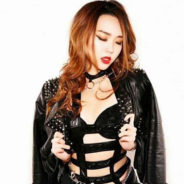 nữ dj xinh đẹp - nicole chen cá tính
