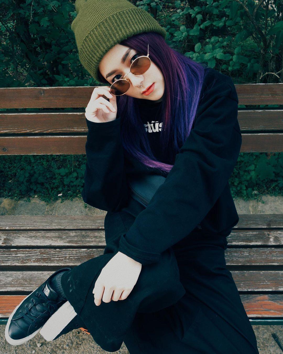 nữ dj xinh đẹp - ray ray diện đồ đen