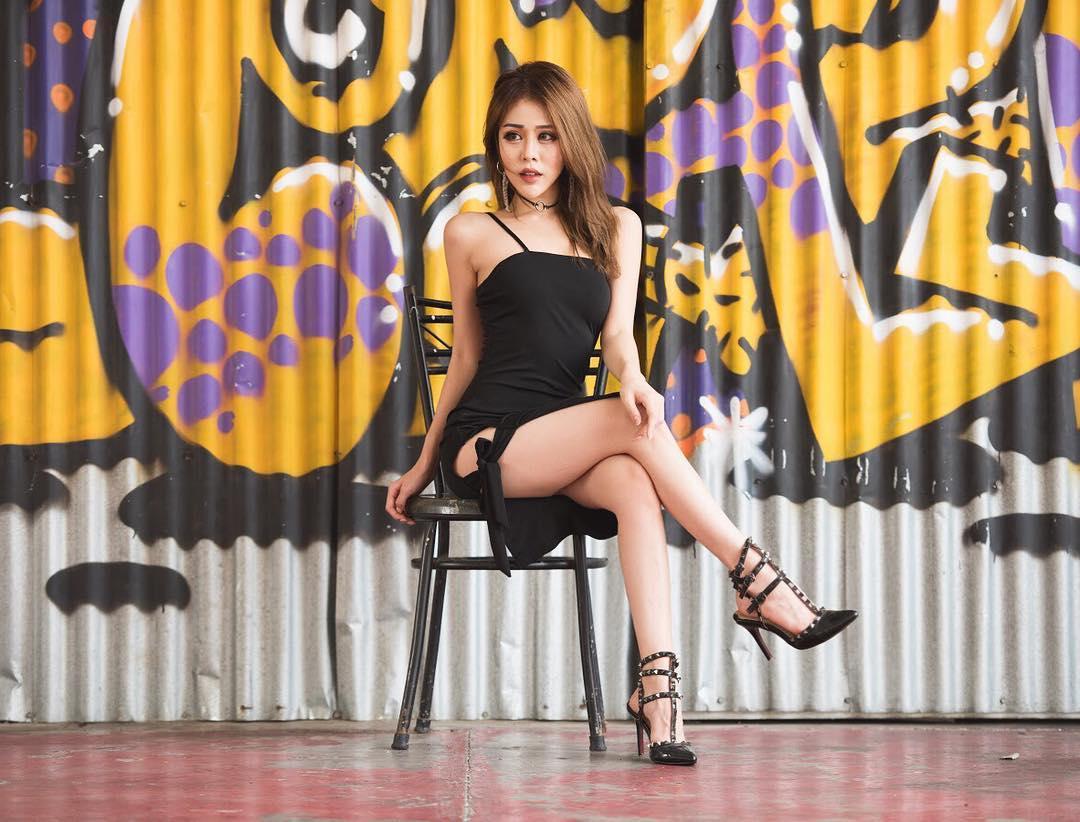 nữ dj xinh đẹp - reiko xinh đẹp với váy đen