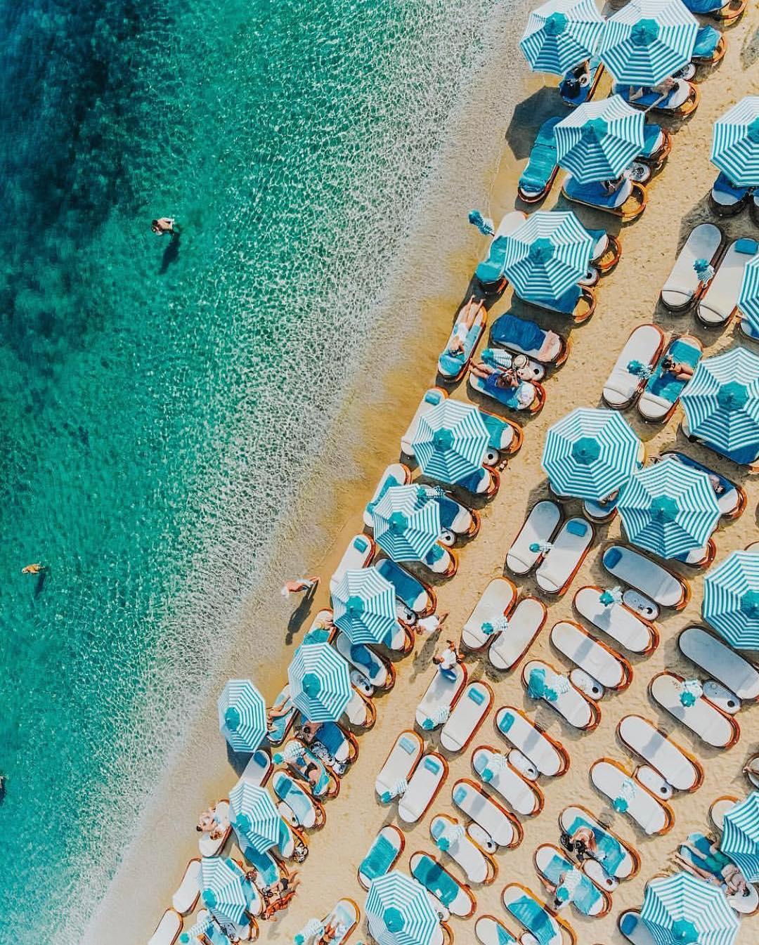 du lịch biển-biển psarou flycam