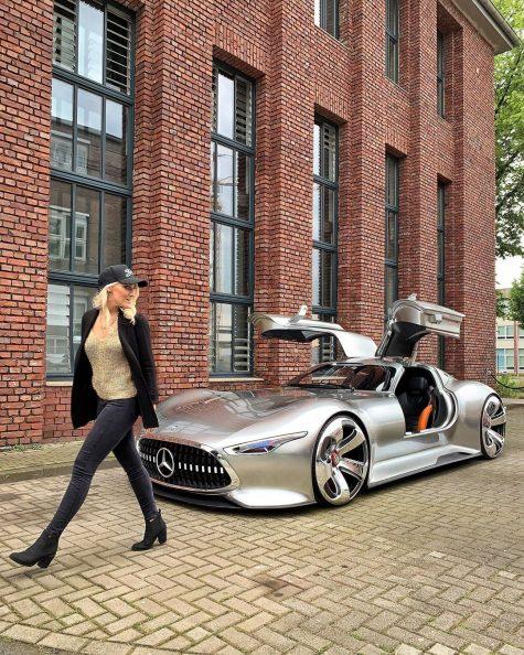 siêu xe hơi-supercar blondie và chiếc xe Mercedes Vision Gran Tursim