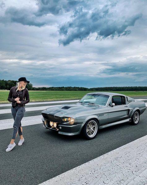 siêu xe hơi-supercar blondie và chiếc xe Mustang Eleanor