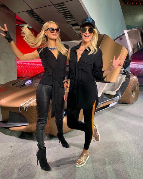 siêu xe hơi-supercar blondie và chiếc xe Renault TREZOR