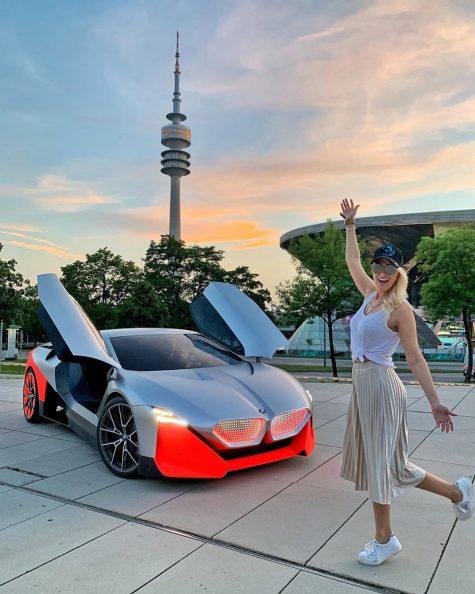 siêu xe hơi-supercar blondie và world exclusive BMW